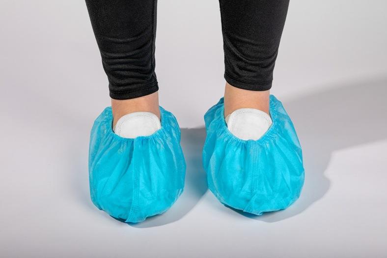 OmniTrust #70135-29 Non-Woven Shoe Covers
